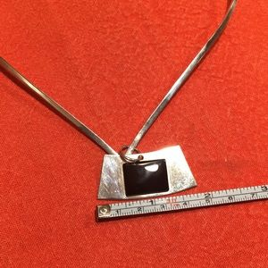 Jewelry - Silver solid necklace with onyx pendant